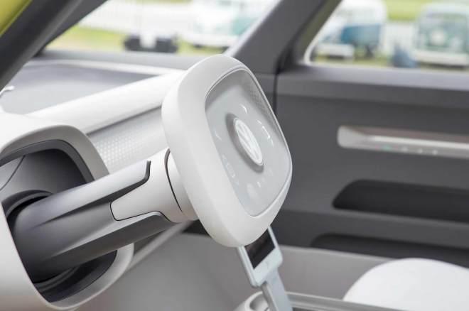 Volkswagen-ID-Buzz-concept-at-Pebble-Beach-steering-wheel-03.jpg
