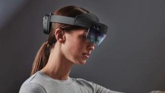 HoloLens-2-wooow.blog.-2