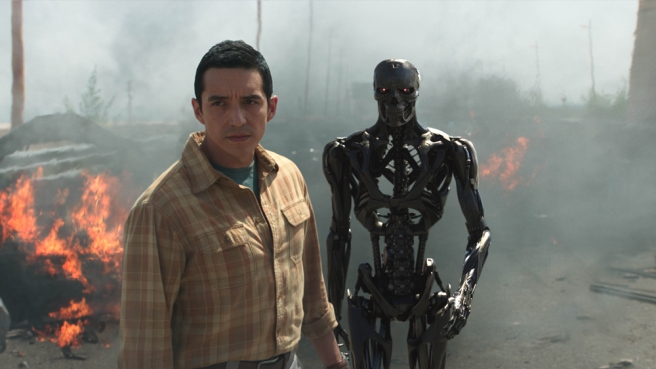 """Gabriel Luna as the Rev 9; Ectoskeleton, left, and Endoskeleton, right, star in Skydance Productions and Paramount Pictures' """"TERMINATOR: DARK FATE."""""""